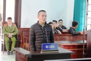 Xét xử sơ thẩm vụ án dùng súng điện tự chế bắn người ở Quảng Bình