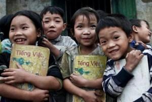 Xóa rào cản tiếng Việt cho học sinh dân tộc thiểu số