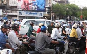 TP HCM vẫn thu phí  bảo trì đường bộ với xe máy