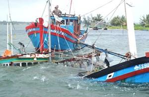 Cứu hộ thành công 9 ngư dân gặp nạn ở đảo Cù Lao Chàm