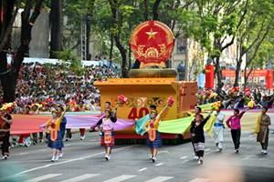 Kỷ niệm 70 năm Cách mạng tháng Tám và Quốc khánh 2-9: 2.500 người sẽ tham gia lễ diễu hành