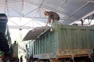 Nghệ An: Phát hiện và xử lý 4 xe hổ vồ cơi nới thùng xe