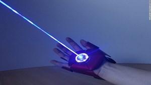 """Phát minh găng tay siêu nhân trong phim """"Iron Man"""""""