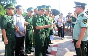Quảng Ninh: Bàn giao đối tượng bị truy nã cho Công an Trung Quốc