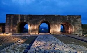 Thành nhà Hồ đứng đầu danh sách 21 di sản đẹp nhất thế giới