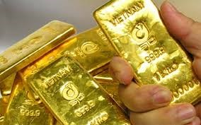 Vàng trong nước cao hơn vàng thế giới 4 triệu đồng/lượng