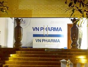 Vụ buôn lậu ở công ty CP VN Pharma: Khởi tố thêm phó Tổng giám đốc và Kế toán trưởng