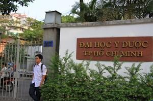 Học phí Đại học Y Dược TP HCM lên tới 70 triệu đồng/năm: Do tự chủ tài chính?