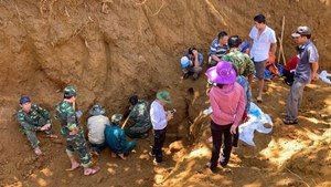 Quảng Nam: Tìm thấy hố chôn tập thể 17 chiến sĩ đặc công