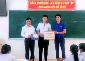 Quảng Binh: Biểu dương nam sinh dũng cảm cứu người đuối nước