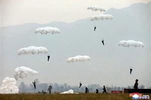 Quân đội Triều Tiên đe dọa tiến quân vào khu phi quân sự