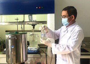 VPI sản xuất nước rửa tay khô sát khuẩn phòng dịch do virus Corona mới