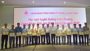 Công đoàn Vinatabatuyên dương Công nhân giỏi, lao động sáng tạo 2017