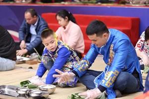 Hội Xuân Vinsers 2018: Tái hiện văn hóa đón Tết các nước trên thế giới