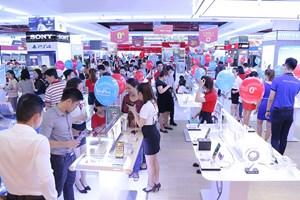 Mua hàng điện máy tại VinPro và Viễn Thông A trúng ngay 'nhà đẹp – xế yêu' đón Tết
