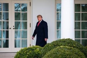 Tổng thống Trump cam kết chuyển giao quyền lực 'có trật tự' cho ông Biden