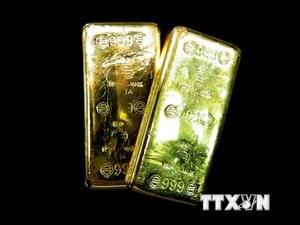 Giá vàng châu Á tăng trong bối cảnh đồng USD giảm thấp nhất 2 tuần