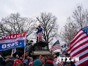 Ông Trump bị kiện vì kích động bạo loạn tại Đồi Capitol