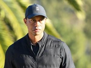 'Ông hoàng làng golf' Tiger Woods gặp tai nạn xe hơi