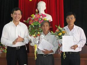 Cảnh cáo Phó Chủ tịch huyện gian dối kê khai bằng đại học