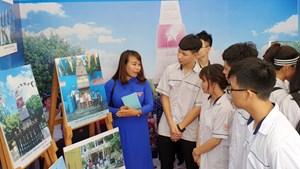 Gần 300 tác phẩm tại triển lãm ảnh tuyên tuyền chủ quyền biển đảo Việt Nam