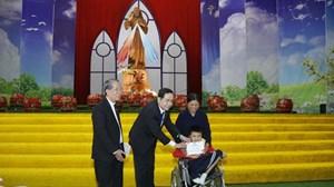 Chủ tịch Trần Thanh Mẫn chúc mừng đồng bào Công giáo Nam Định, Thái Bình