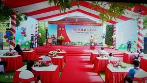 Hơn 850.000 học sinh Nghệ An dự lễ khai giảng qua tivi