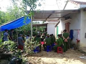 Quảng Ngãi: Phát hiện 2 cha con tử vong trong tư thế treo cổ