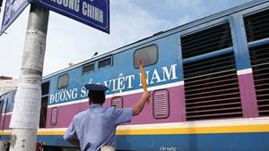 Sẵn sàng các chuyến tàu chuyên biệt đưa người dân các tỉnh phía Nam về quê