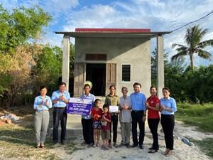 Quảng Bình: Bàn giao 3 nhà tình nghĩa cho gia đình chính sách