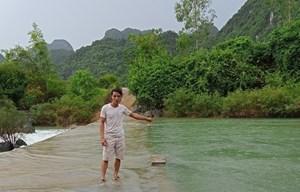 Quảng Bình: Một người dân kịp thời cứu sống 2 người bị đuối nước
