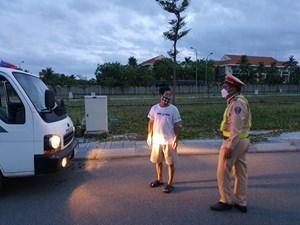 Quảng Bình: Xử phạt hơn 300 trường hợp ra đường không cần thiết