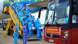 4 chuyến tàu đón khoảng 2.800 công dân Quảng Bình từ các tỉnh, thành phía Nam về quê