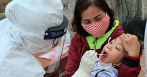 Một học sinh lớp 5 dương tính với SARS-CoV-2, lây từ mẹ đẻ