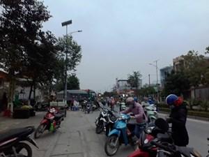 Bát nháo chợ cóc ở huyện nông thôn mới