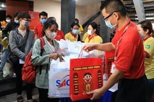 TP Hồ Chí Minh: Nhiều hoạt động hỗ trợ Tết ý nghĩa cho người nghèo