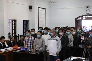 Xét xử Trịnh Sướng và đồng phạm: Hoãn phiên tòa do 1 bị cáo có giấy chứng nhận tâm thần