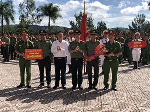 Trao thưởng Công an Đắk Nông trong vụ triệt phá đường dây ma túy lớn nhất tỉnh
