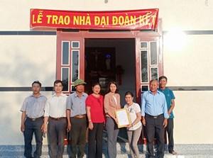 Bình Thuận: Bàn giao nhà Đại đoàn kết cho hộ nghèo đón tết