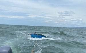 Bình Thuận: Cứu ngư dân bị xuất huyết não trên biển