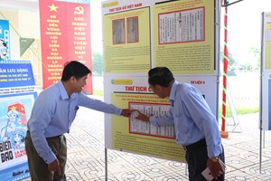 Đắk Lắk: Triển lãm lưu động về Hoàng Sa, Trường Sa