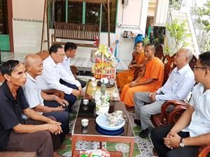 An Giang: Mặt trận tỉnh thăm, chúc tết Chol Chnăm Thmây