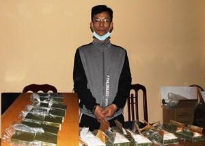Hà Nam: Bắt 'cựu tù' ma túy vận chuyển 14 bánh heroin
