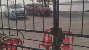 Hà Nam: Dân giữ trái phép 2 xe ô tô của cán bộ huyện