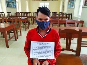 Nam Định: Thuyền viên tàu cá giấu ma túy trong cạp quần