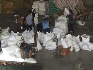 Thái Bình: Gửi miền Nam 10.500 suất lương thực, mắm muối
