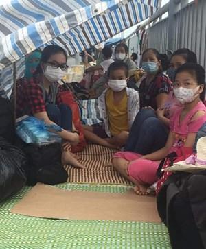 Thái Bình: Người dân đổ về quê 'mắc kẹt' ở các chốt kiểm dịch, chính quyền ứng phó ra sao?