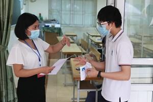 Thi vào lớp 10 ở Hà Nội: Phổ điểm Toán sẽ ở mức 7-8 điểm