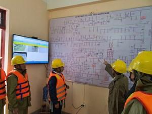 Công ty Điện lực Hà Tĩnh: Khắc phục, cung cấp điện trong thời điểm mưa lũ