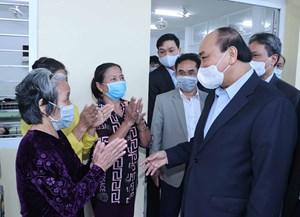 Thủ tướng Nguyễn Xuân Phúc, thăm tặng quà Tết ở Quảng Nam